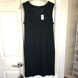 Ann Taylor black sleeveless vneck suiting dress
